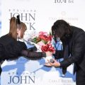 "Kyary Pamyu Pamyu gave Keanu Reeves flowers at the ""John Wick: Chapter 3 – Parabellum"" Japan Premiere"
