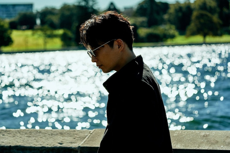 "Hoshino Gen Releases Music Video for ""Same Thing"""