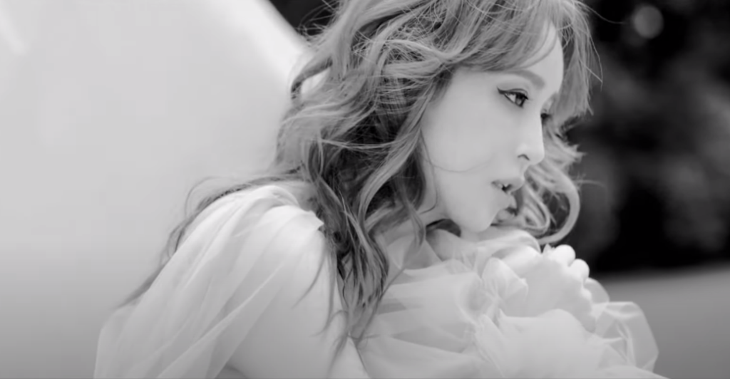 Watch Ayumi Hamasaki's new MV for Ohia no Ki (Short ver.)