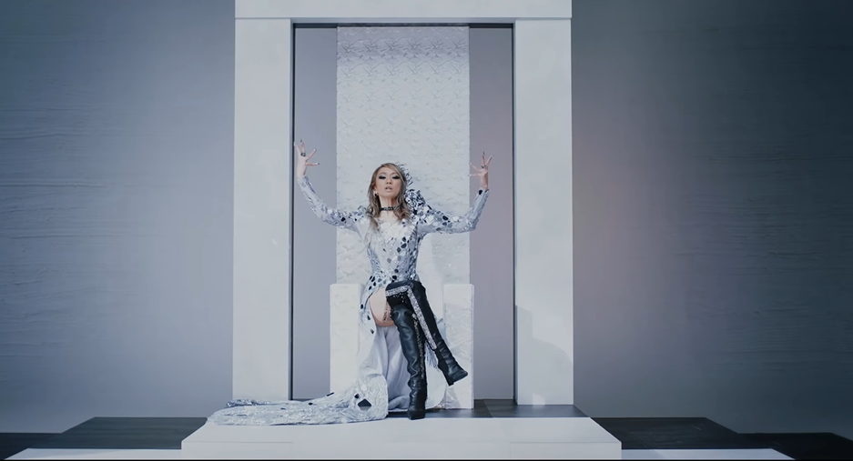 "Koda Kumi is a queen in new MV for ""XXKK"""