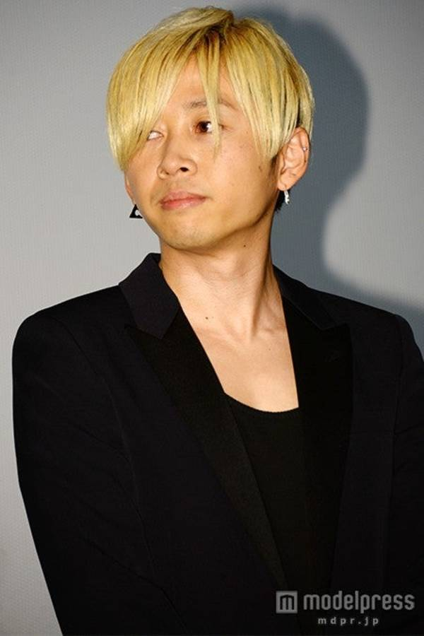 Naoi Yoshifumi Suspended from BUMP OF CHICKEN Due to Affair