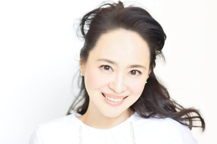 "Seiko Matsuda Thanks Fans for Her 40 Year Career with New Song ""Kaze ni Mukau Ichirin no Hana"""