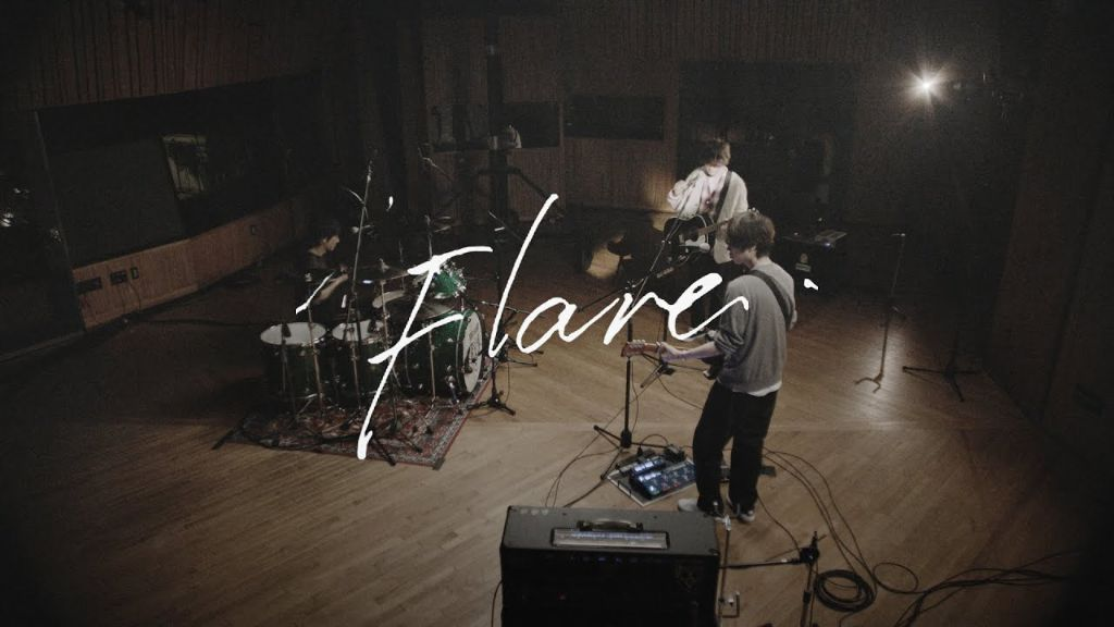 """BUMP OF CHICKEN release MV for """"Flare"""", celebrating their 25th anniversary"""