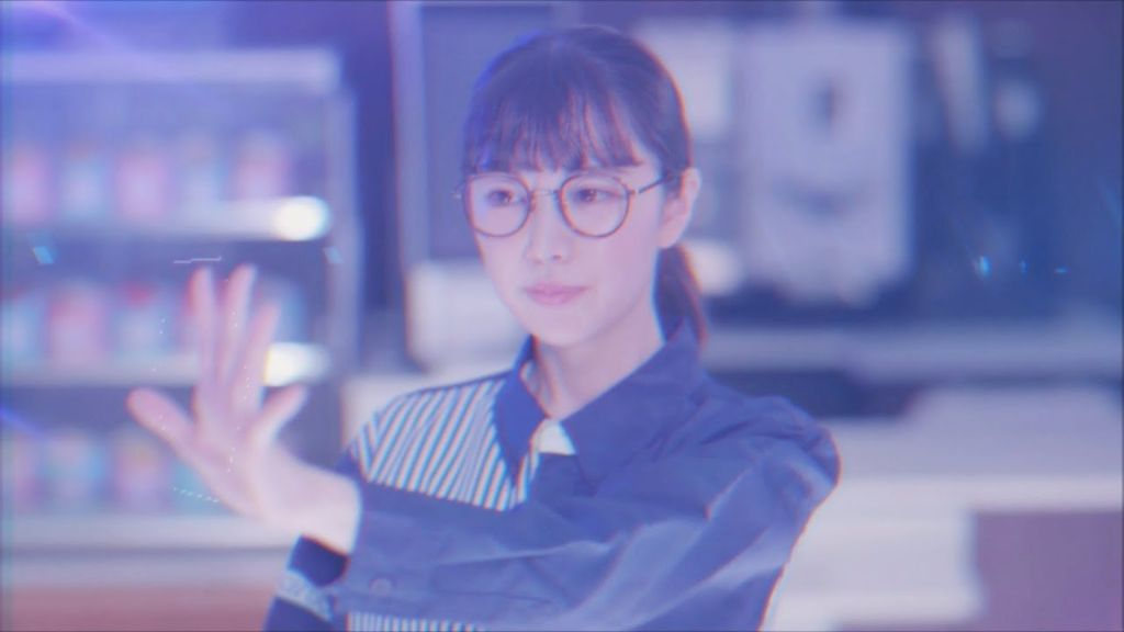 """After almost 4 years Momo Mashiro finally makes her debut with """"Onegai Sequencer"""", produced by Yasutaka Nakata"""