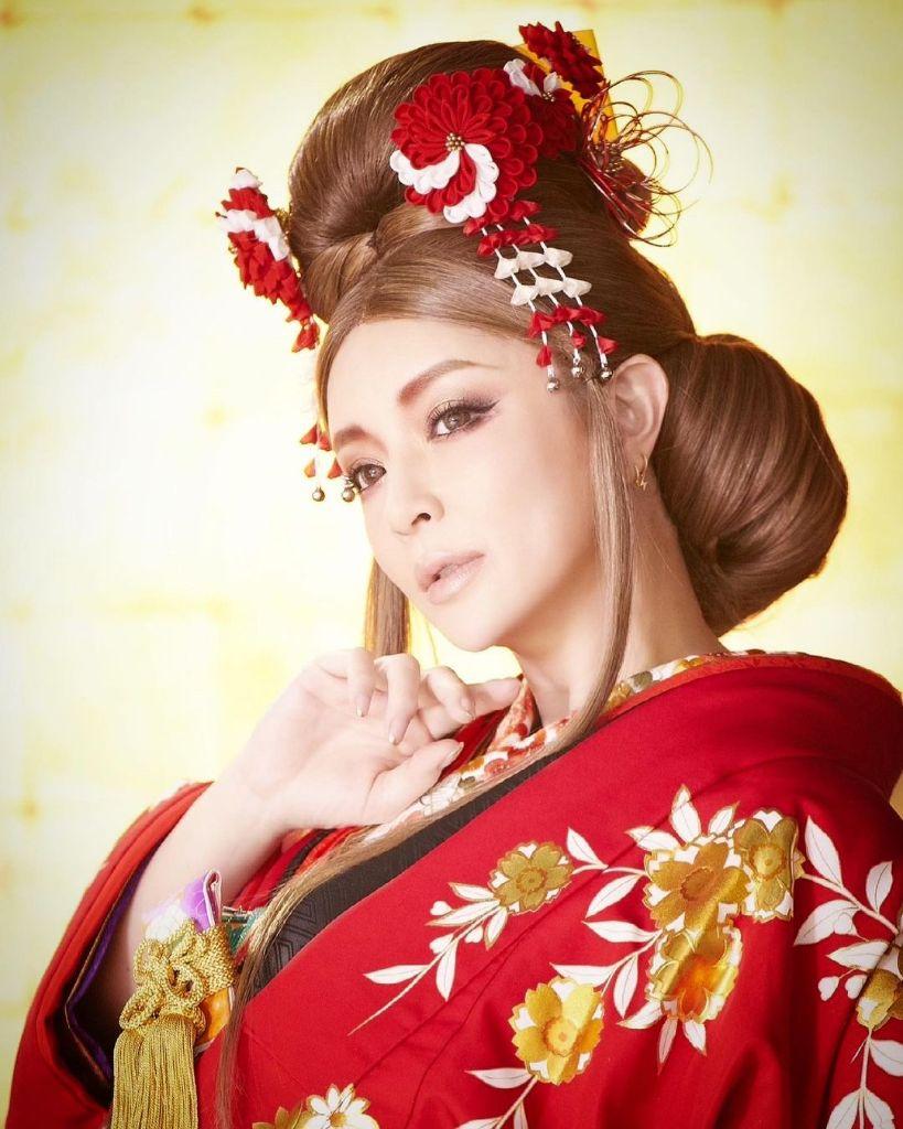 """Watch Ayumi Hamasaki cover Yumi Matsutoya in MV for """"Haru yo, Koi"""""""